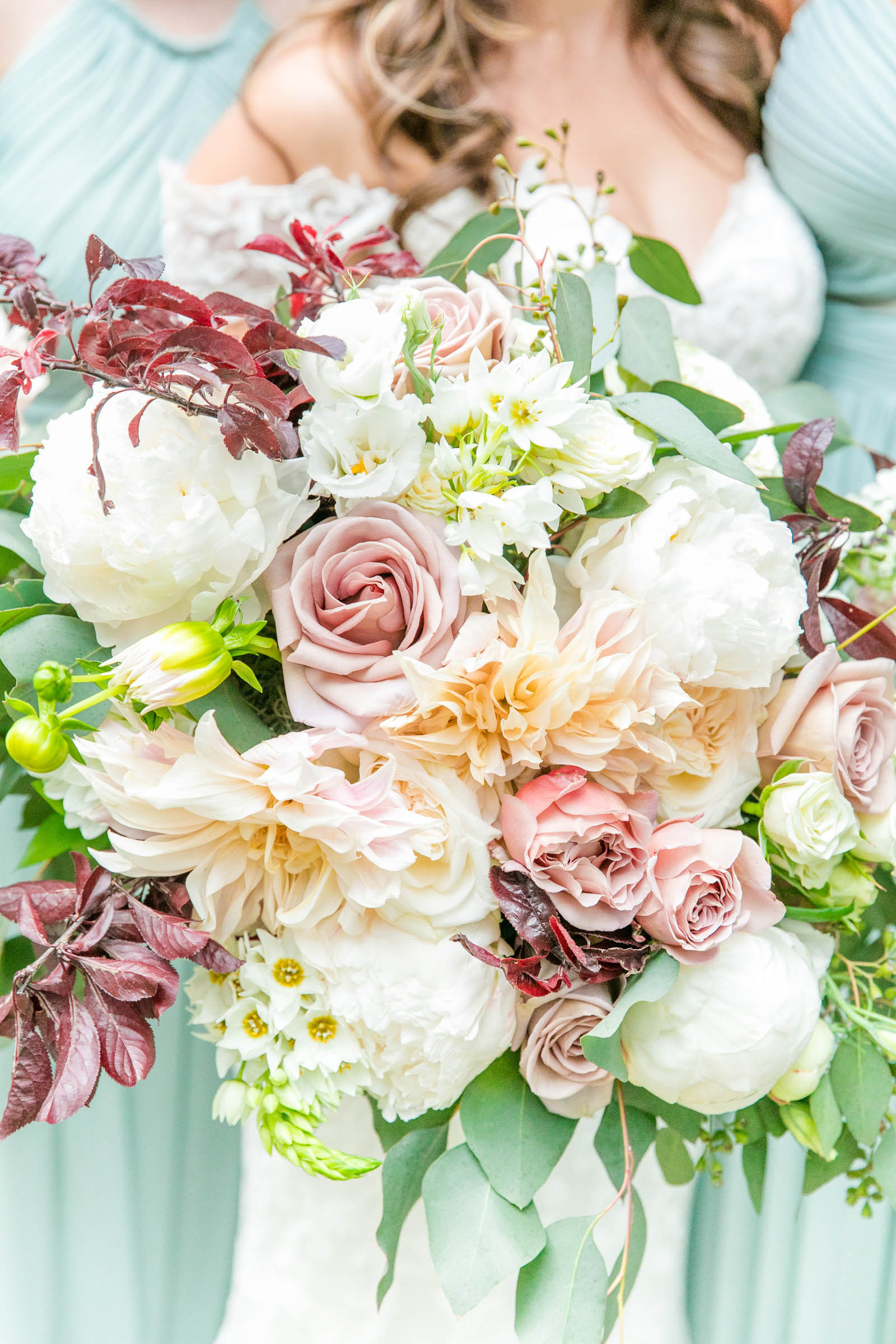 Detail of bridal bouquet - photo by Dana Cubbage Weddings