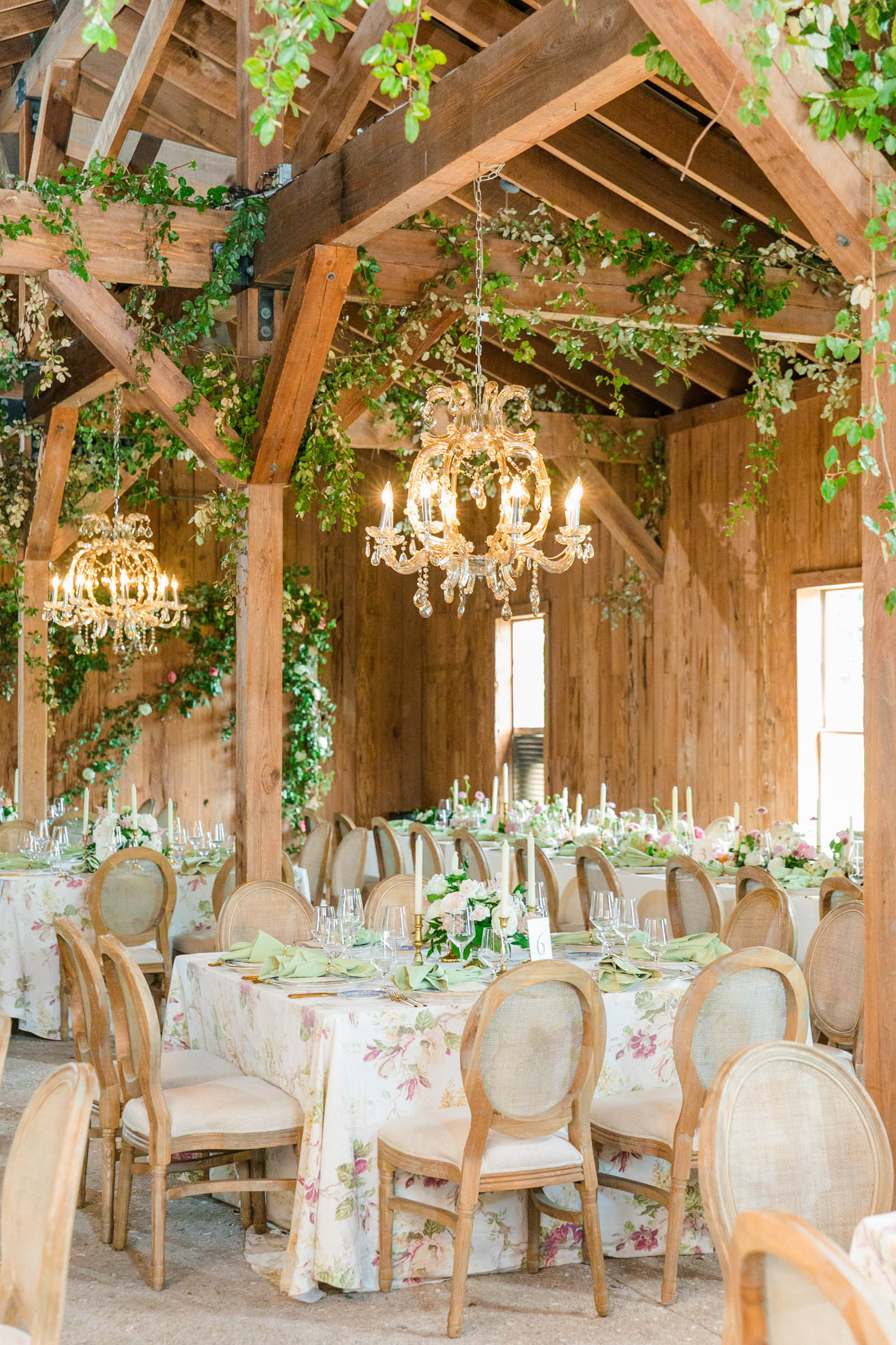 Rustic reception space - photo by Dana Cubbage Weddings