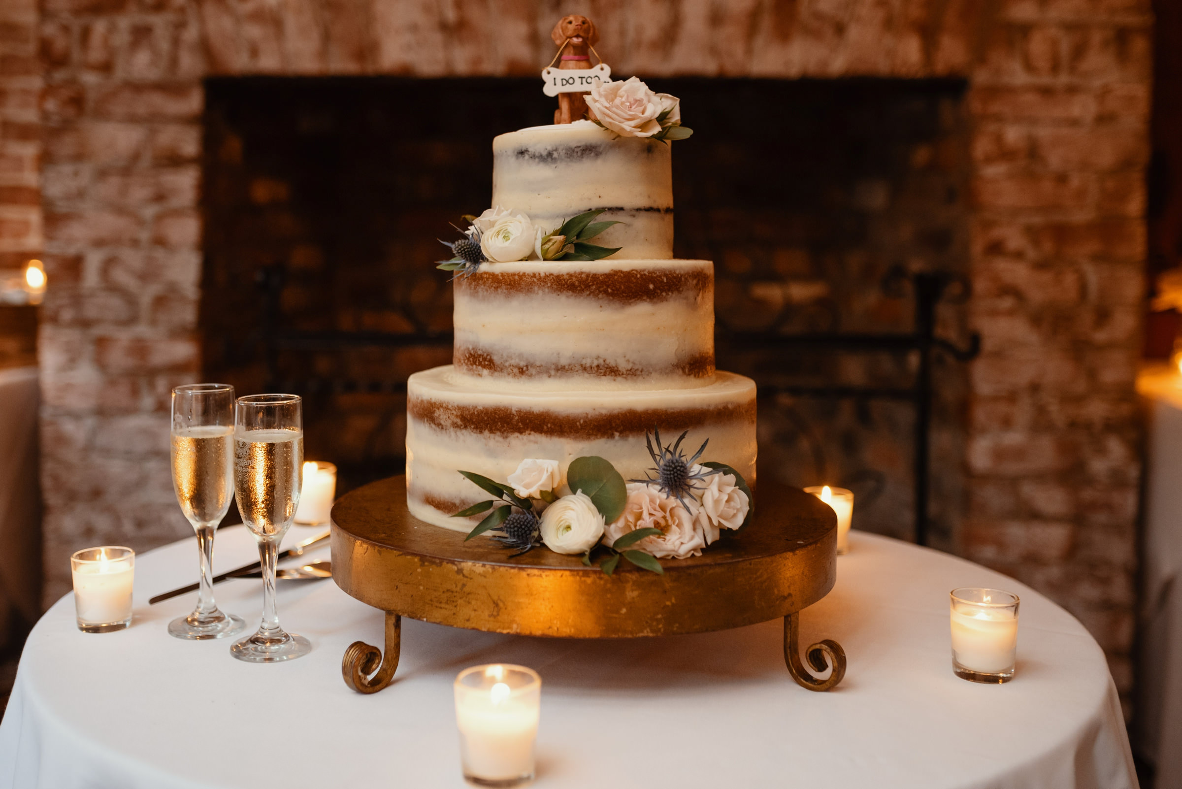 3-tier wedding cake with thin icing and roses , photo by Dark Roux, Louisiana
