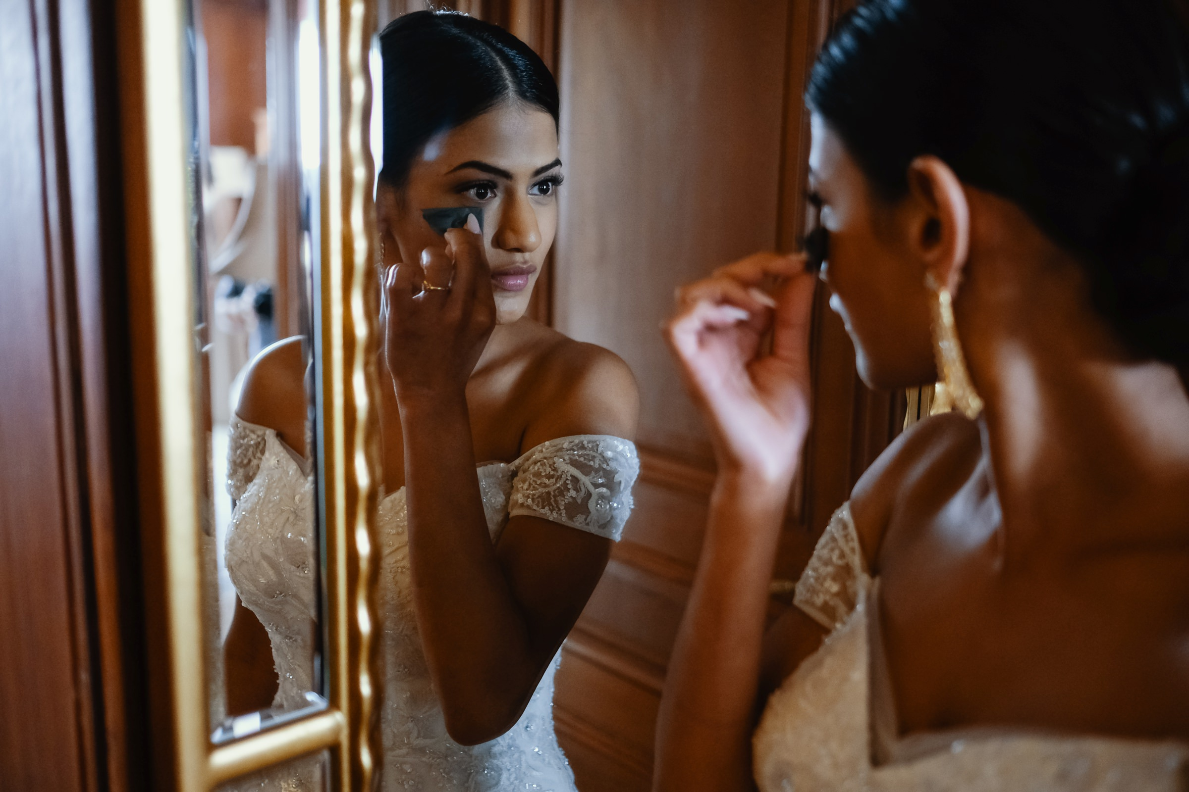 bride putting her makeup on before wedding-new orleans-austin-houston- photo by Dark Roux