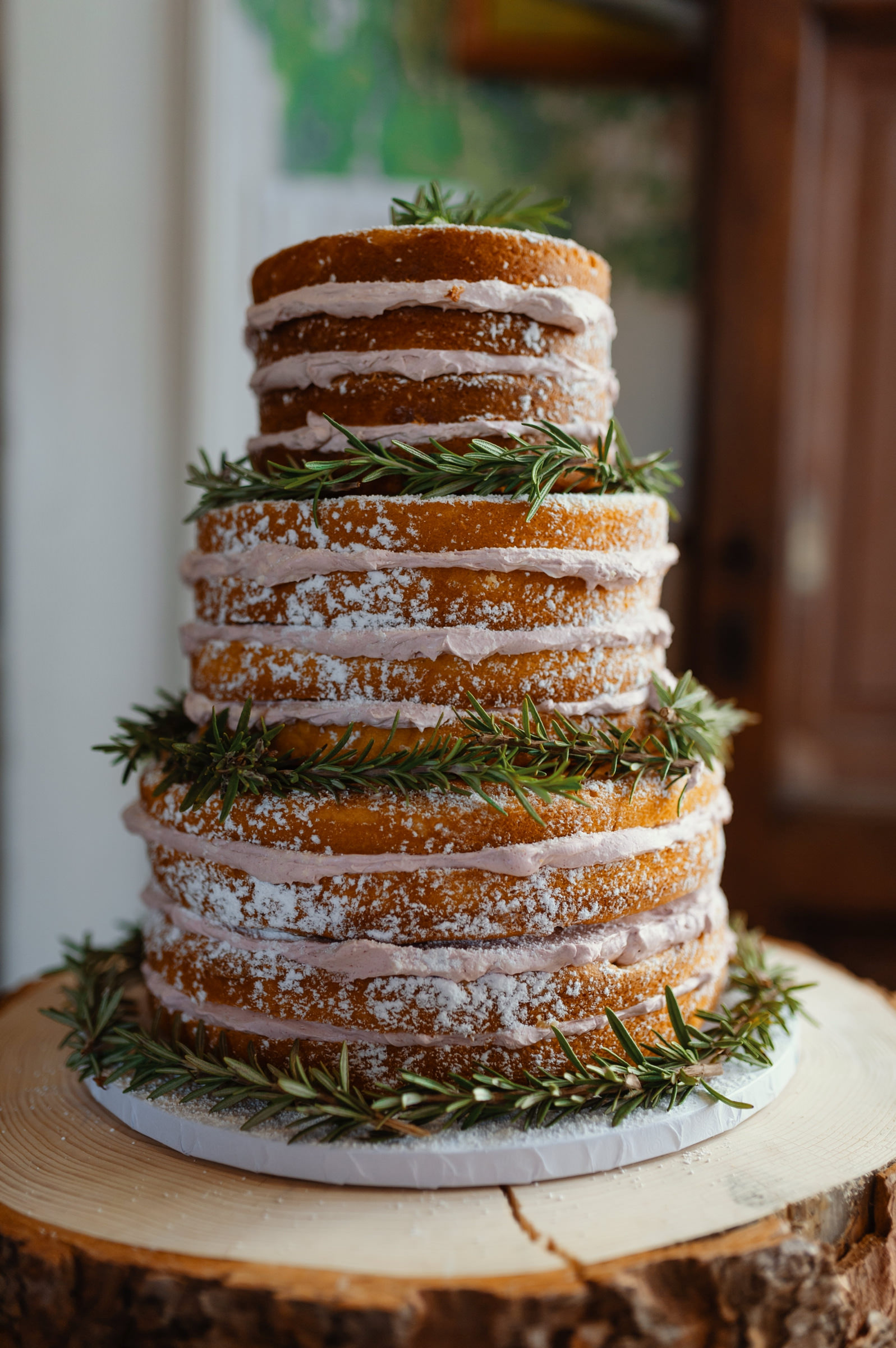 Twelve layer cake with rosemary - photo by Dark Roux
