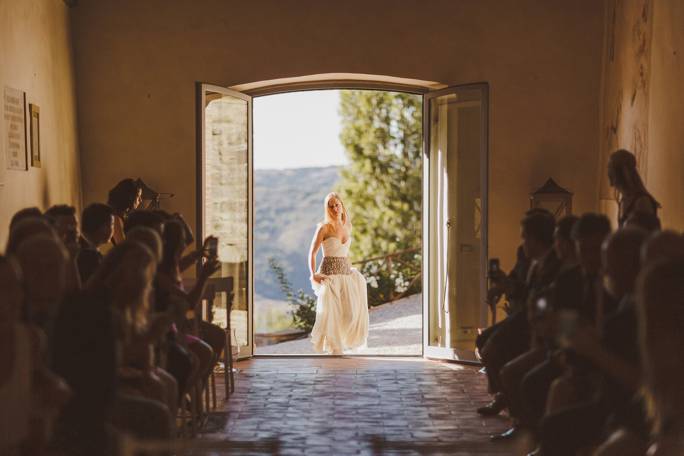 Bride entering ceremony hall - photo by Ed Peers Photography