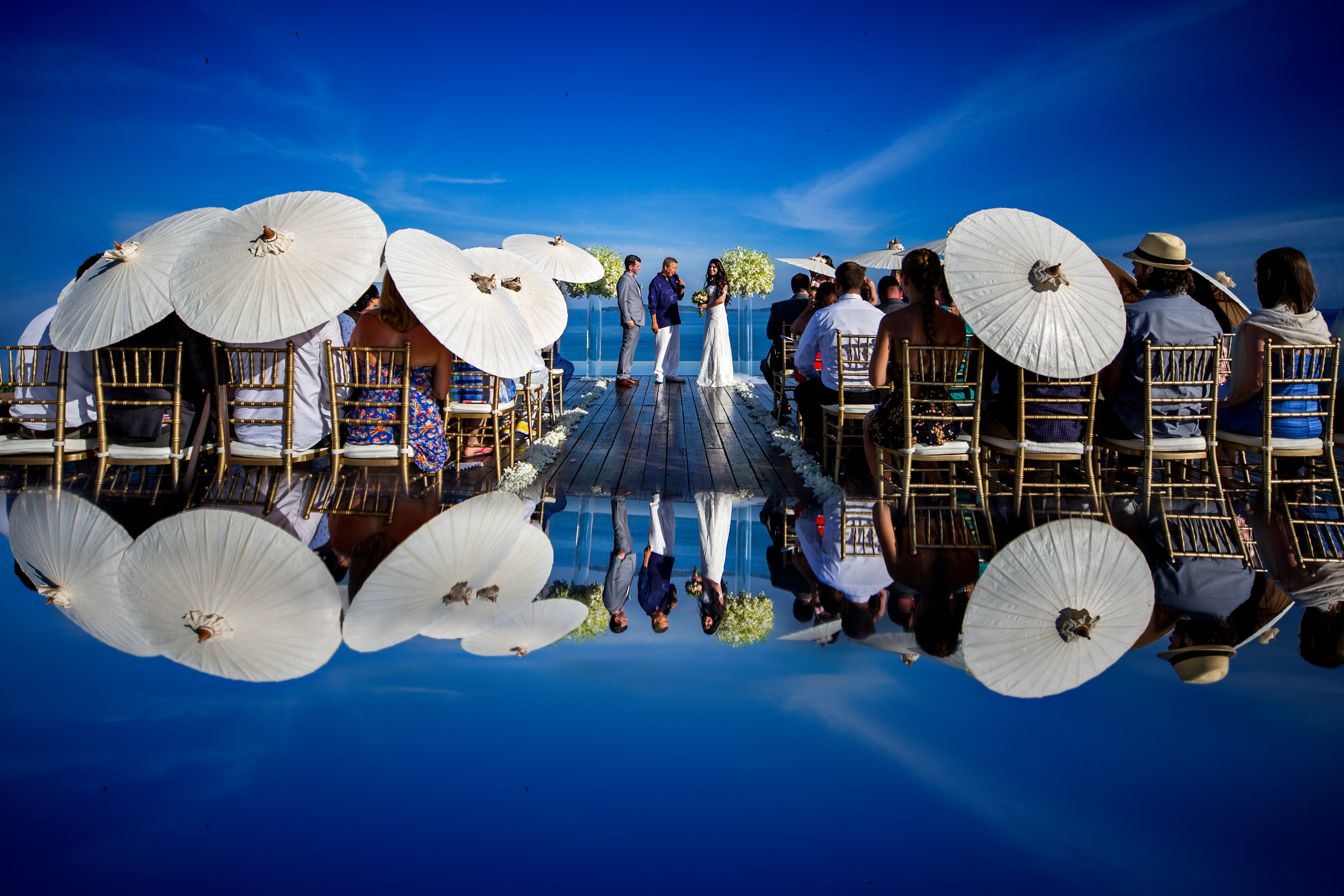 50 Best Wedding Photo Concepts of the Decade - photo by Two Mann Studios