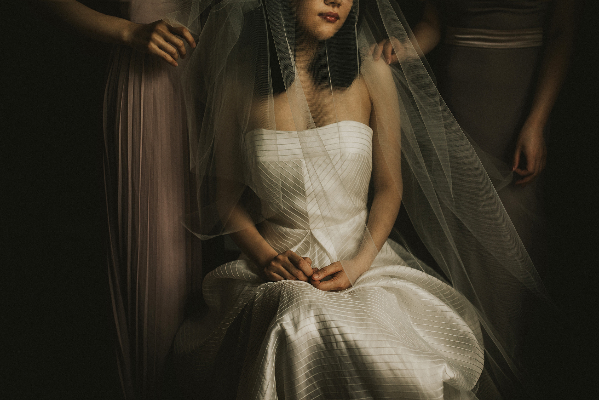 50 best wedding portraits of the decade - Jeff Cat The Apartment Photography