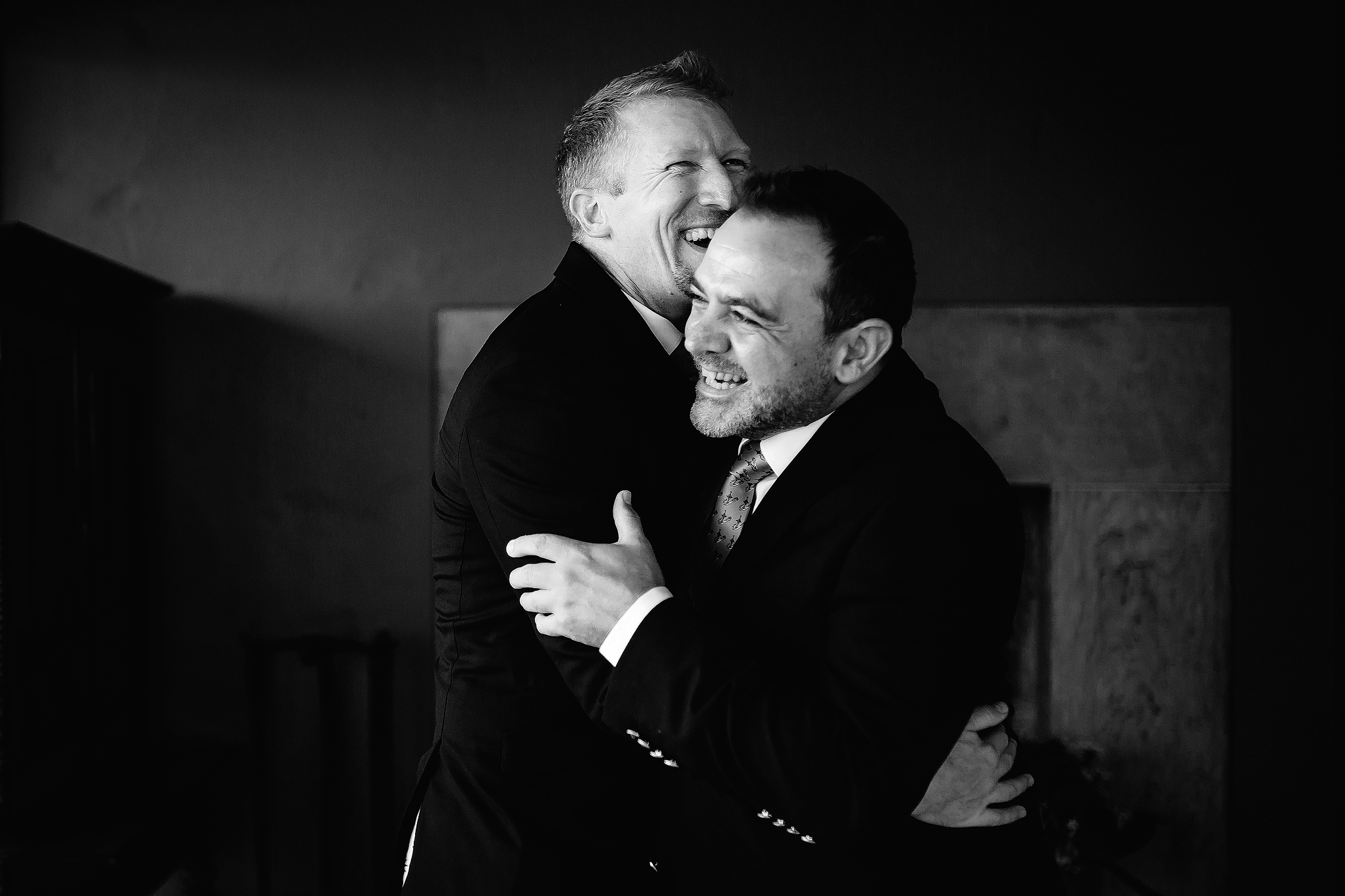 Groom embrace - photo by Ruan Redelinghuys Photography