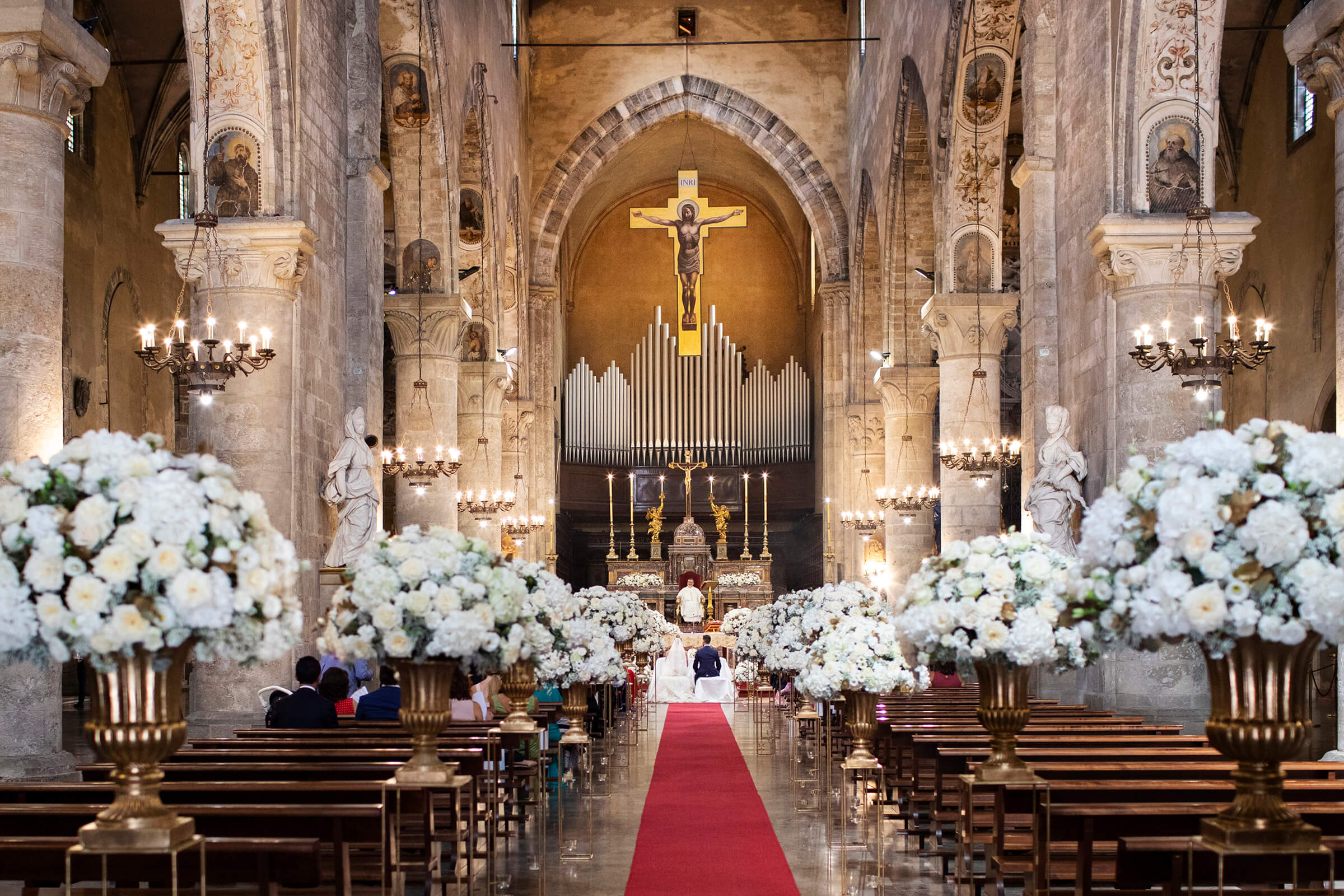 Distant photo of church ceremony in Sicily  - photo by Nino Lombardo Photographer