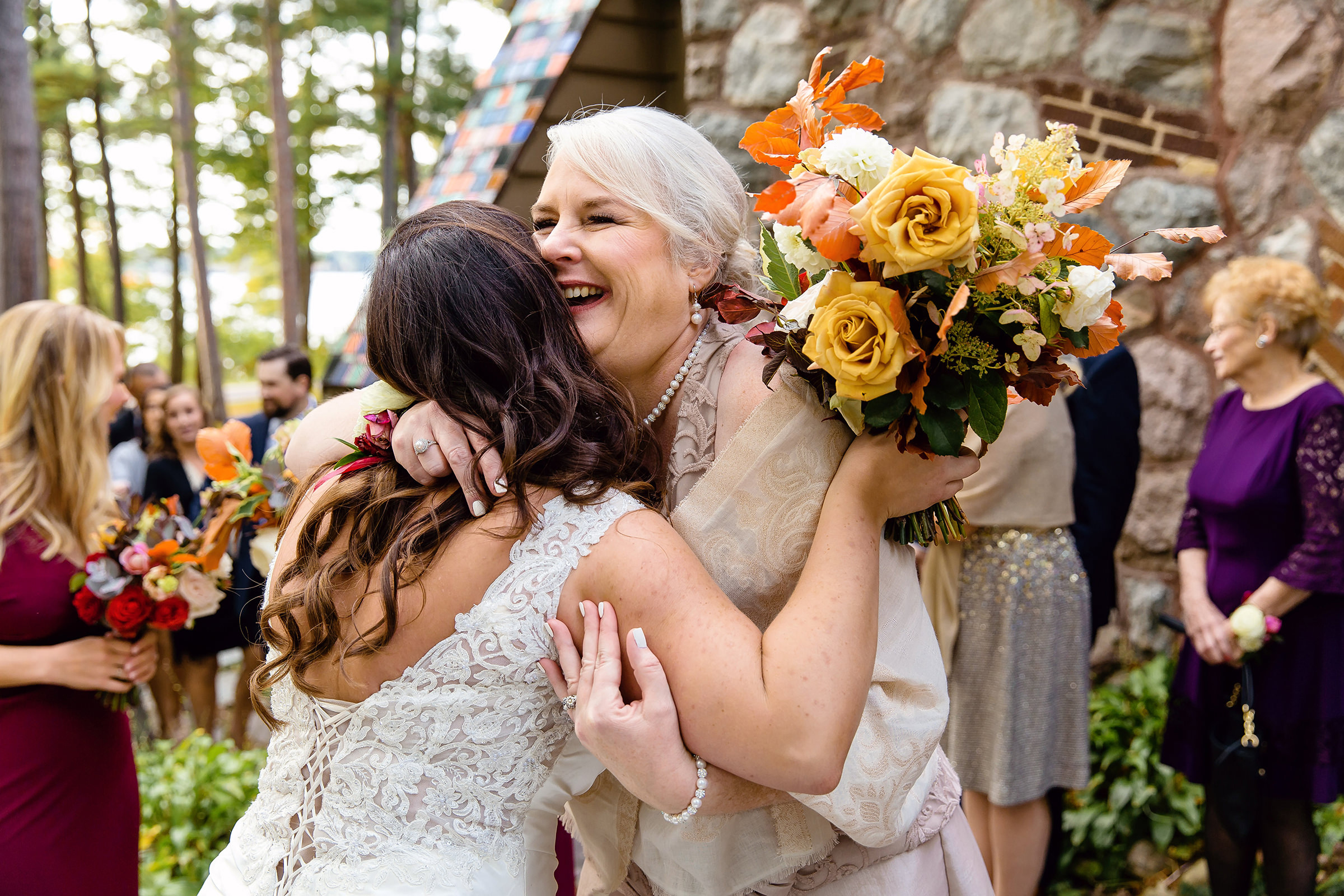 Big hug for the bride - photo by Rayan Anastor Photography
