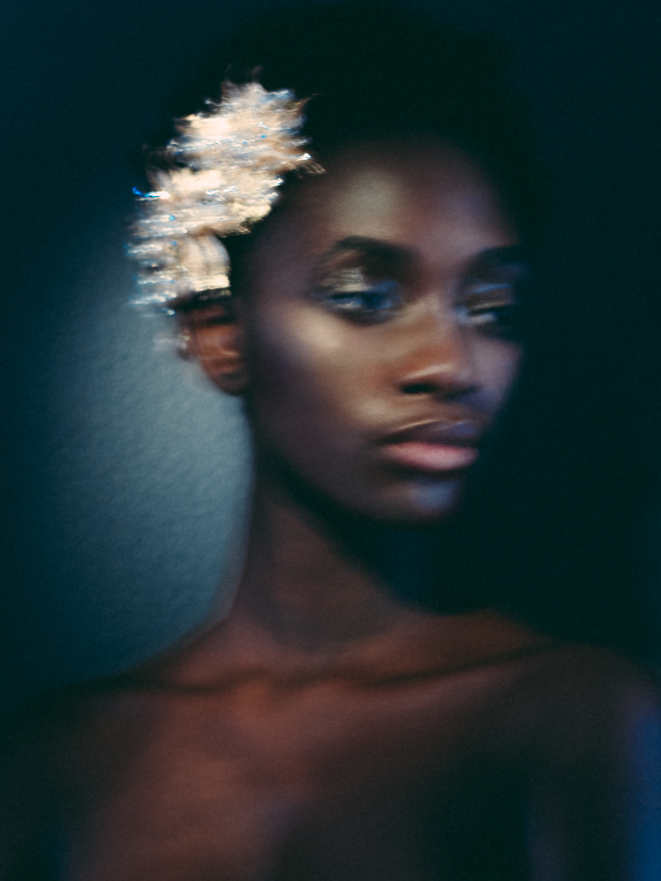 Creative portrait of bride with sparkling headpiece - photo by Joel and Justyna