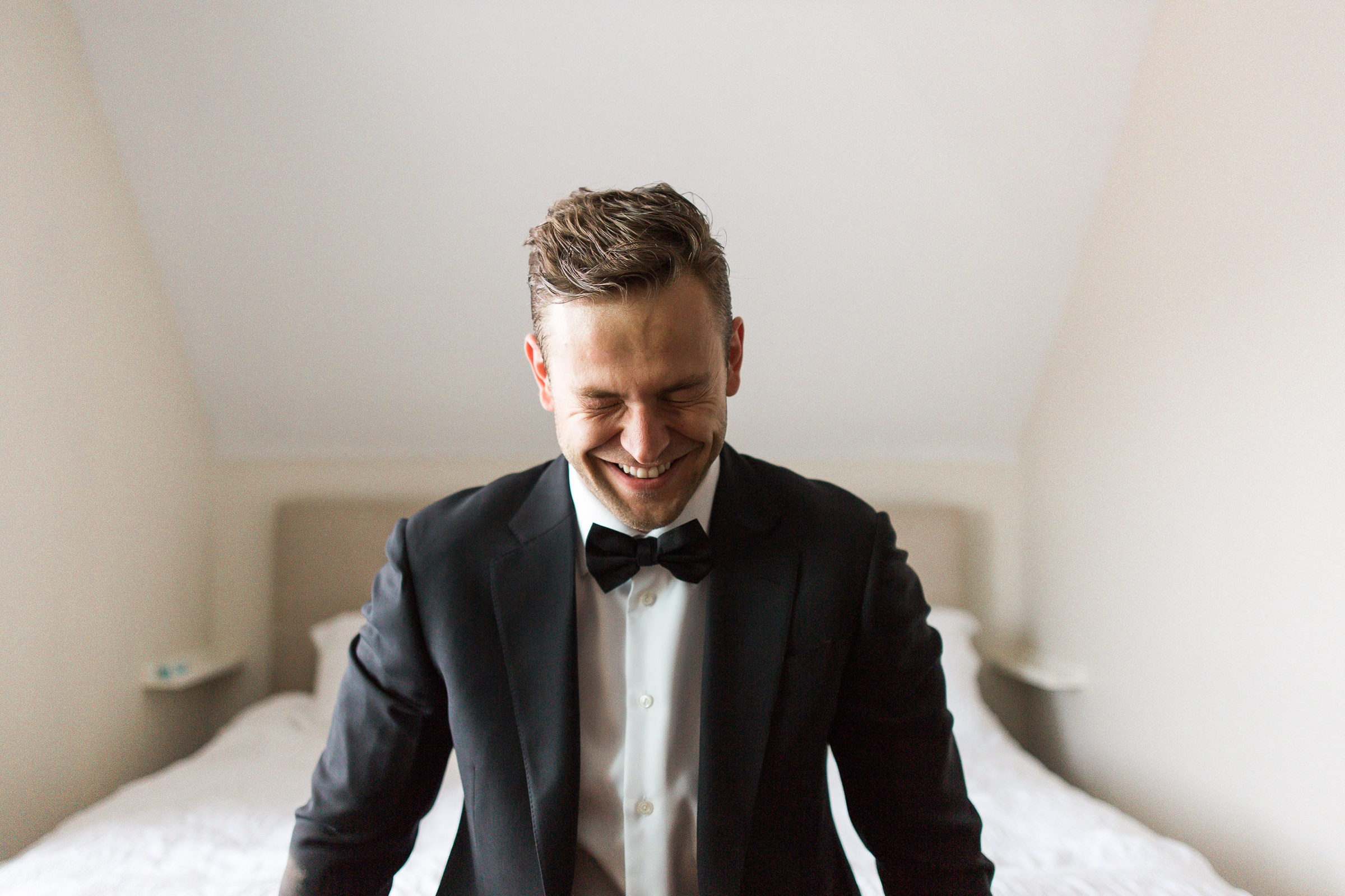 Groom closes his eyes before seeing bride - photo by M. Hart - Los Angeles photographer