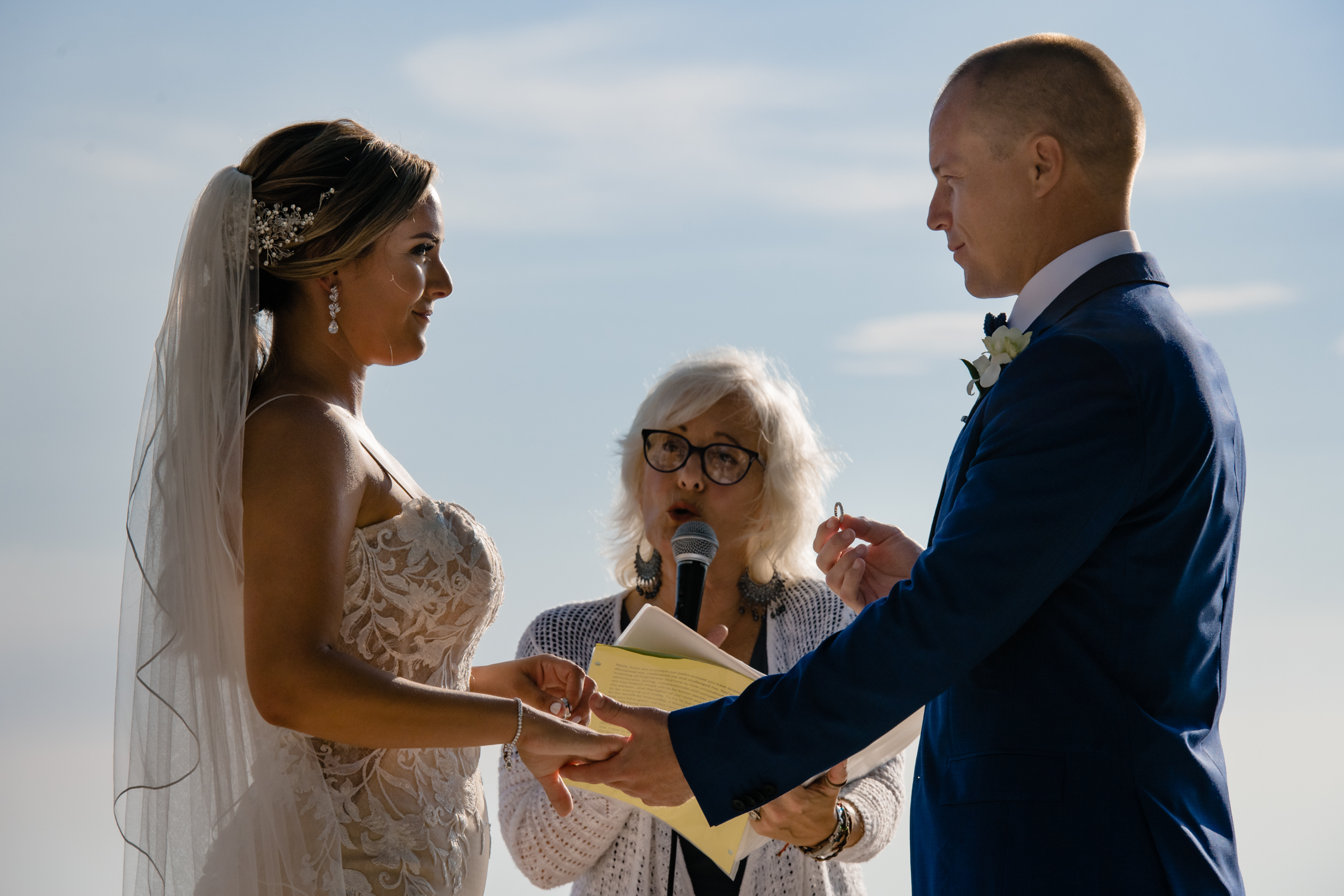 Ceremony moment - photo by Michael Freas Photography