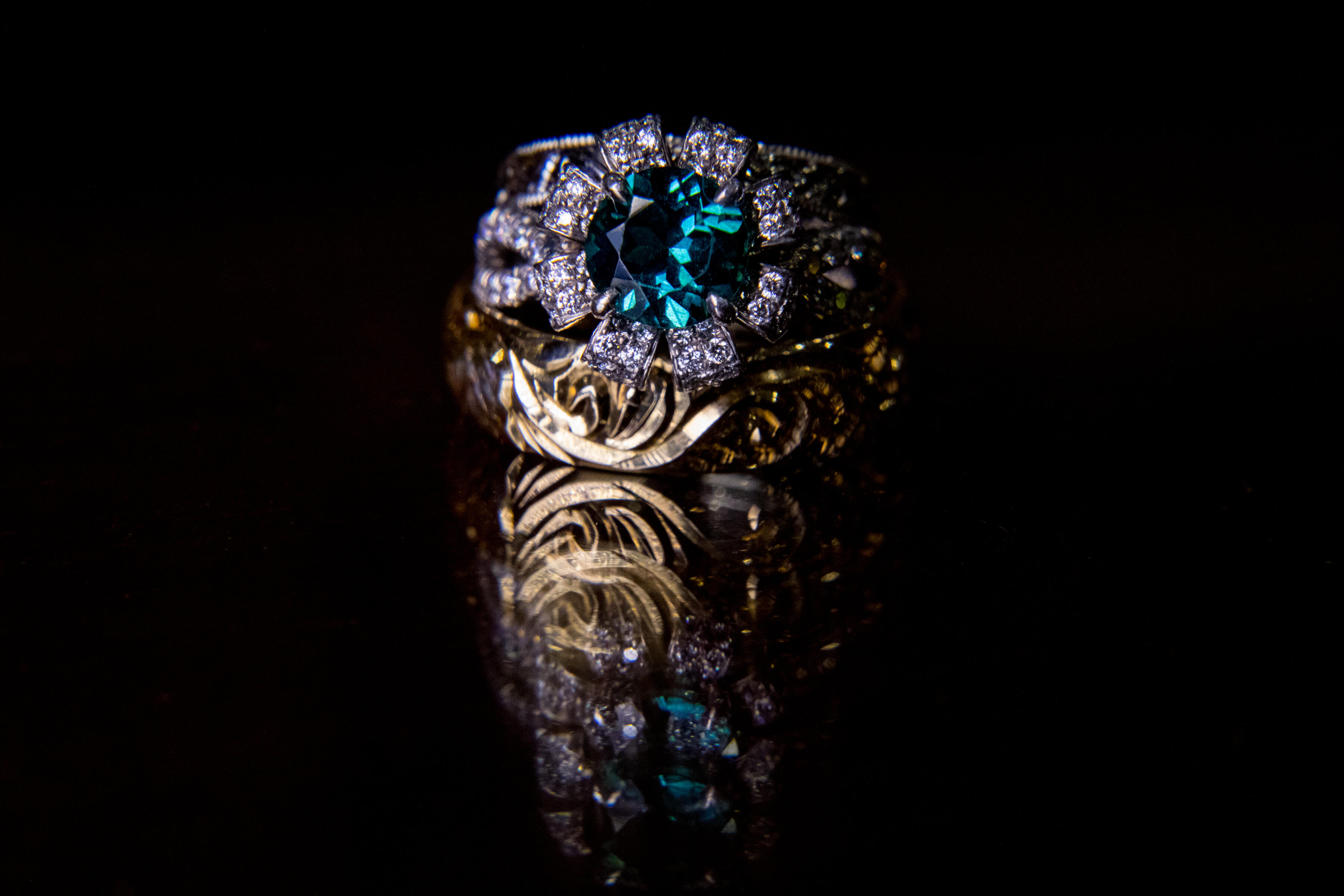 gorgeous gold diamond turquoise wedding ring- photo by Bee Two Sweet