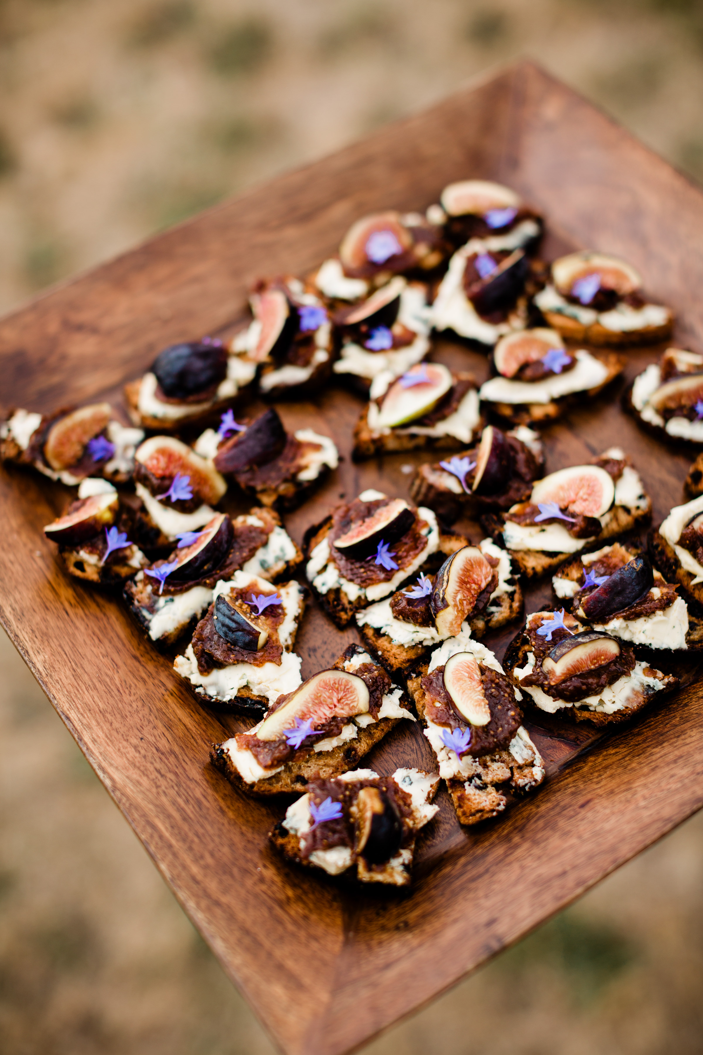 platter of crackers with figs  photo by Alante Photography