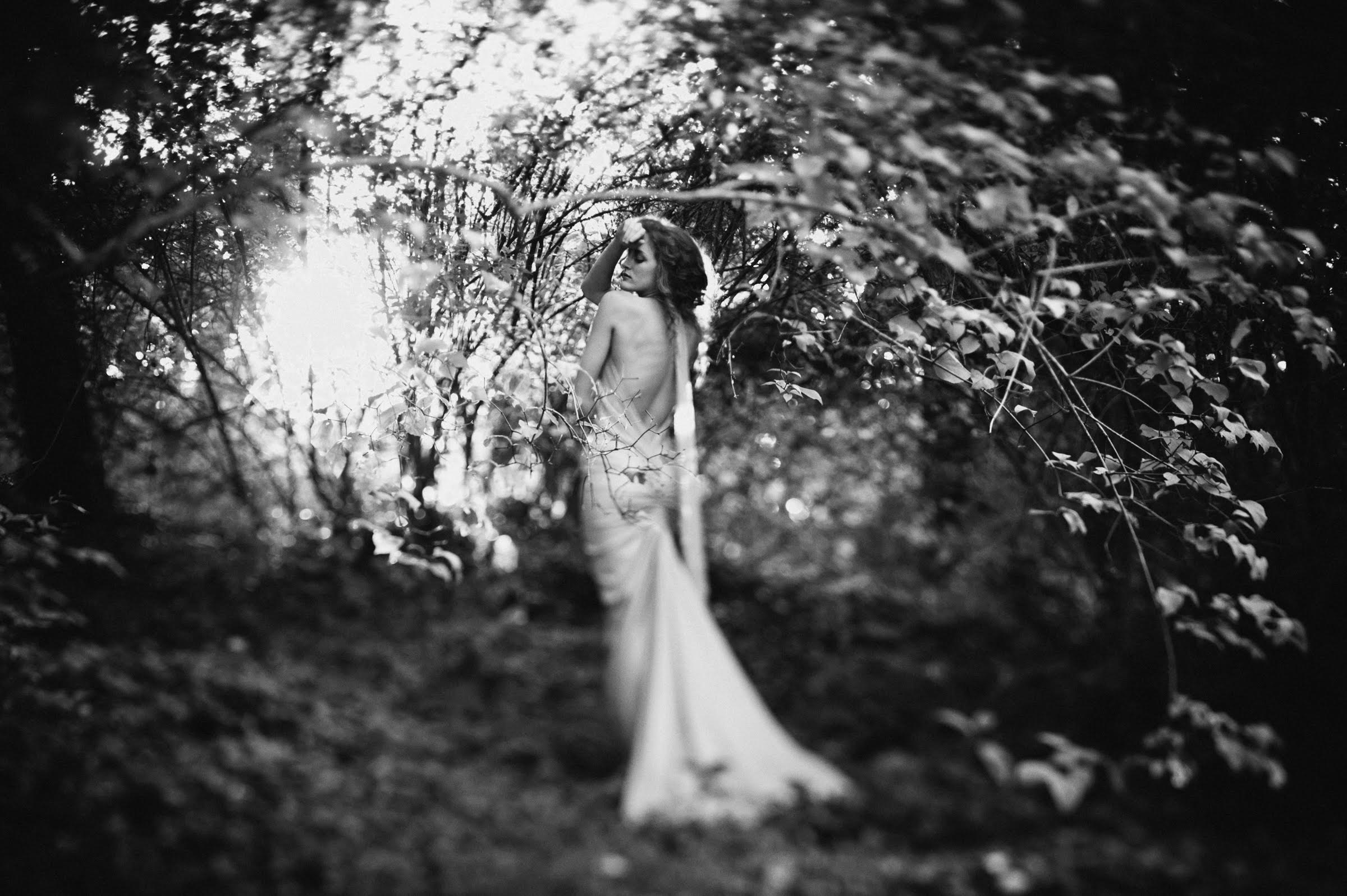 ethereal-bridal-portrait - photo by Richard Israel Photography