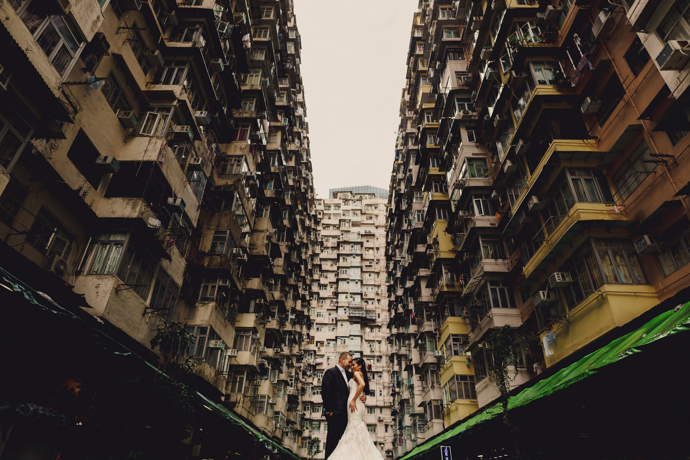 Creative perspective on bride and groom- photo by MIKI STUDIOS