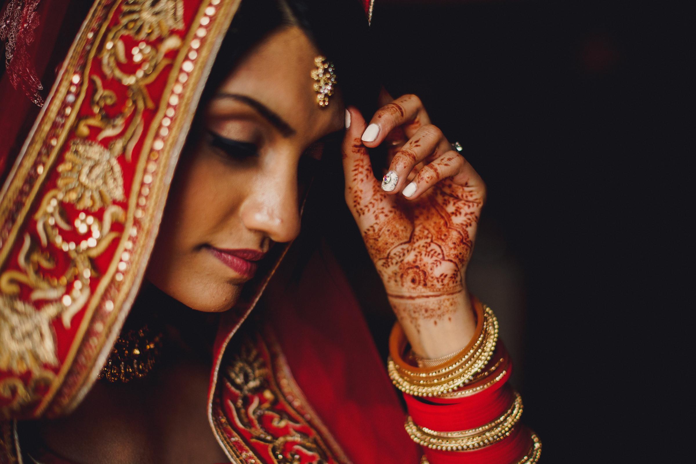 Indian bride portrait - photo by MIKI Studios