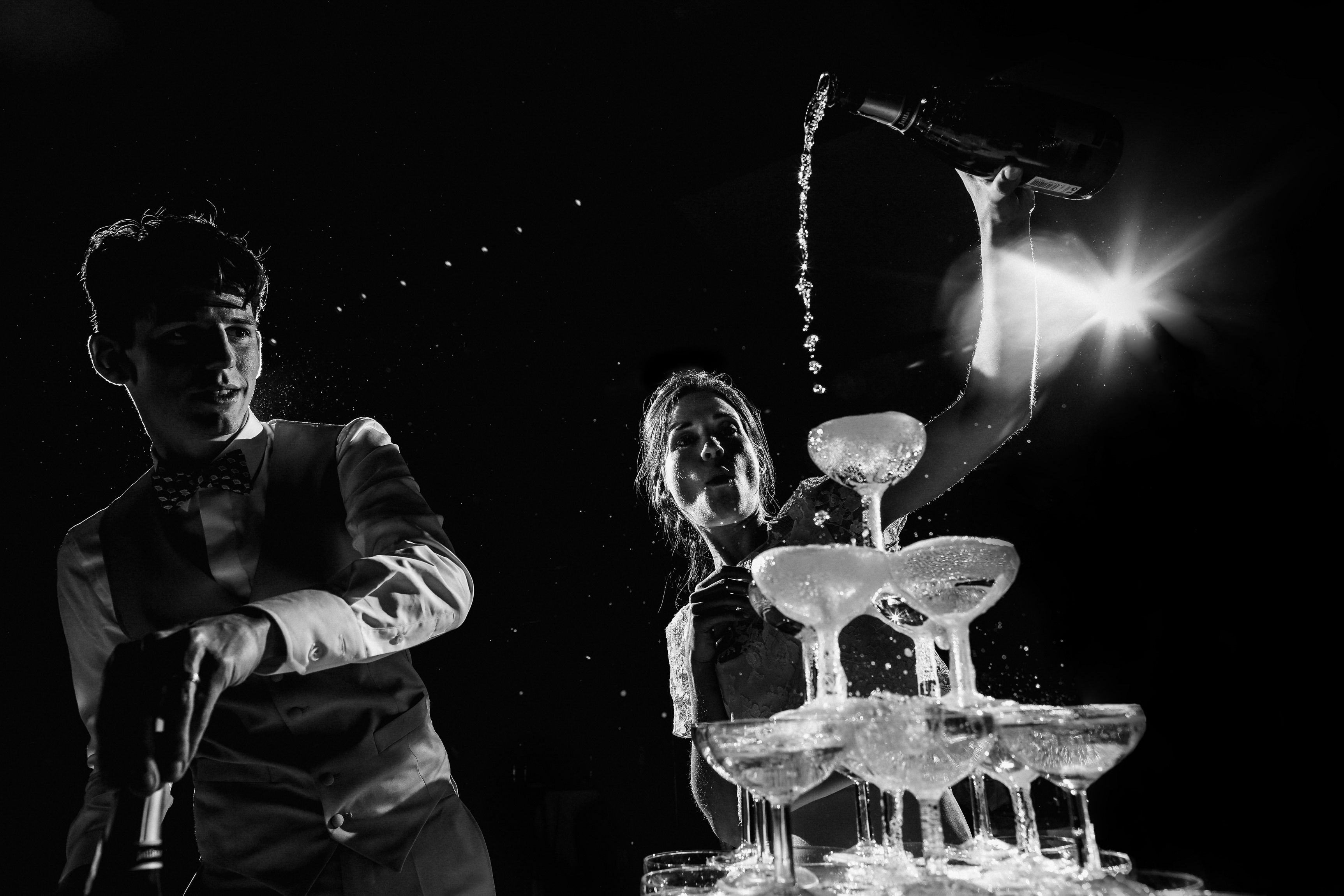 Pouring the bubbly - photo by Amandine Ropars
