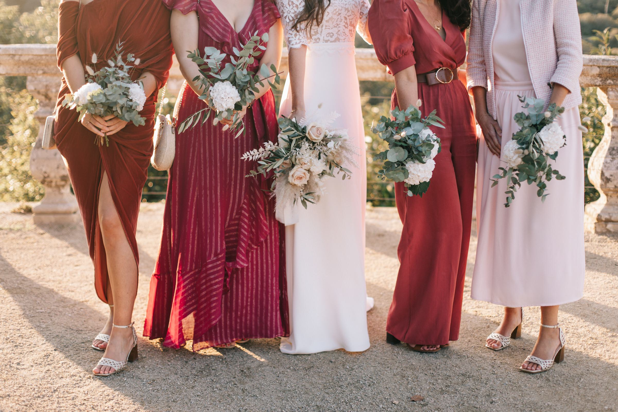 bridal party floral bouquets- photo by Amandine Ropars, france