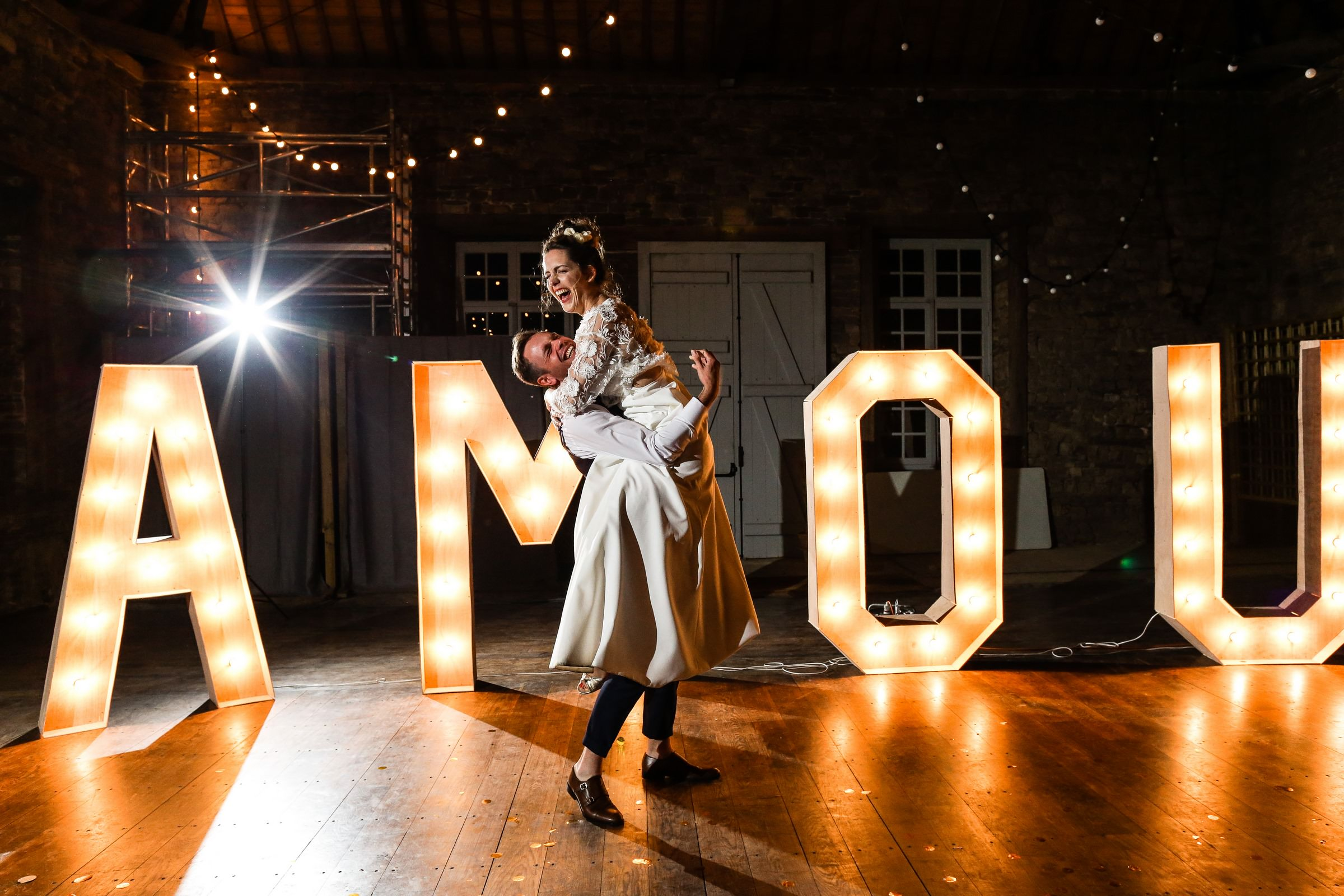 bride and grooms first dance- photo by Amandine Ropars, france