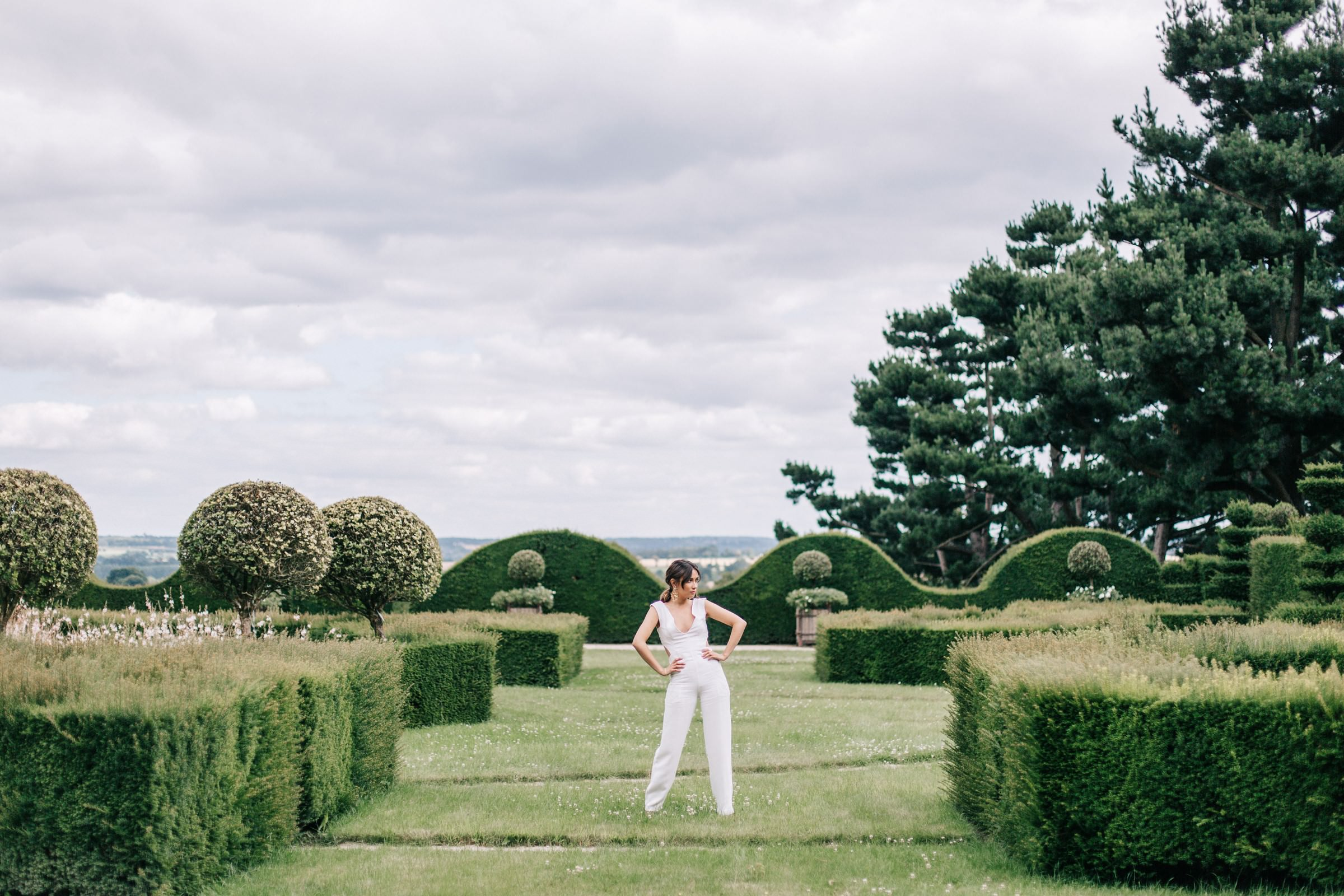 bride in white pantsuit portrait- photo by Amandine Ropars, france