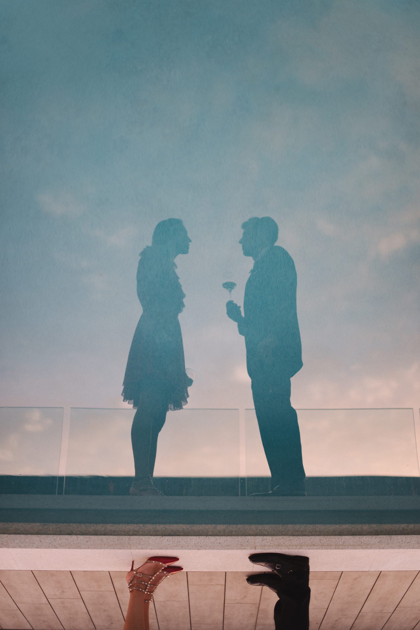 Couple silhouette with reflection - photo by Ben Sowry Photo