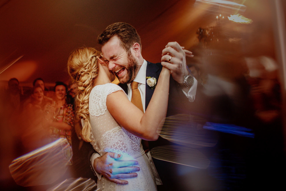 Couple dancing - photo by Motiejus