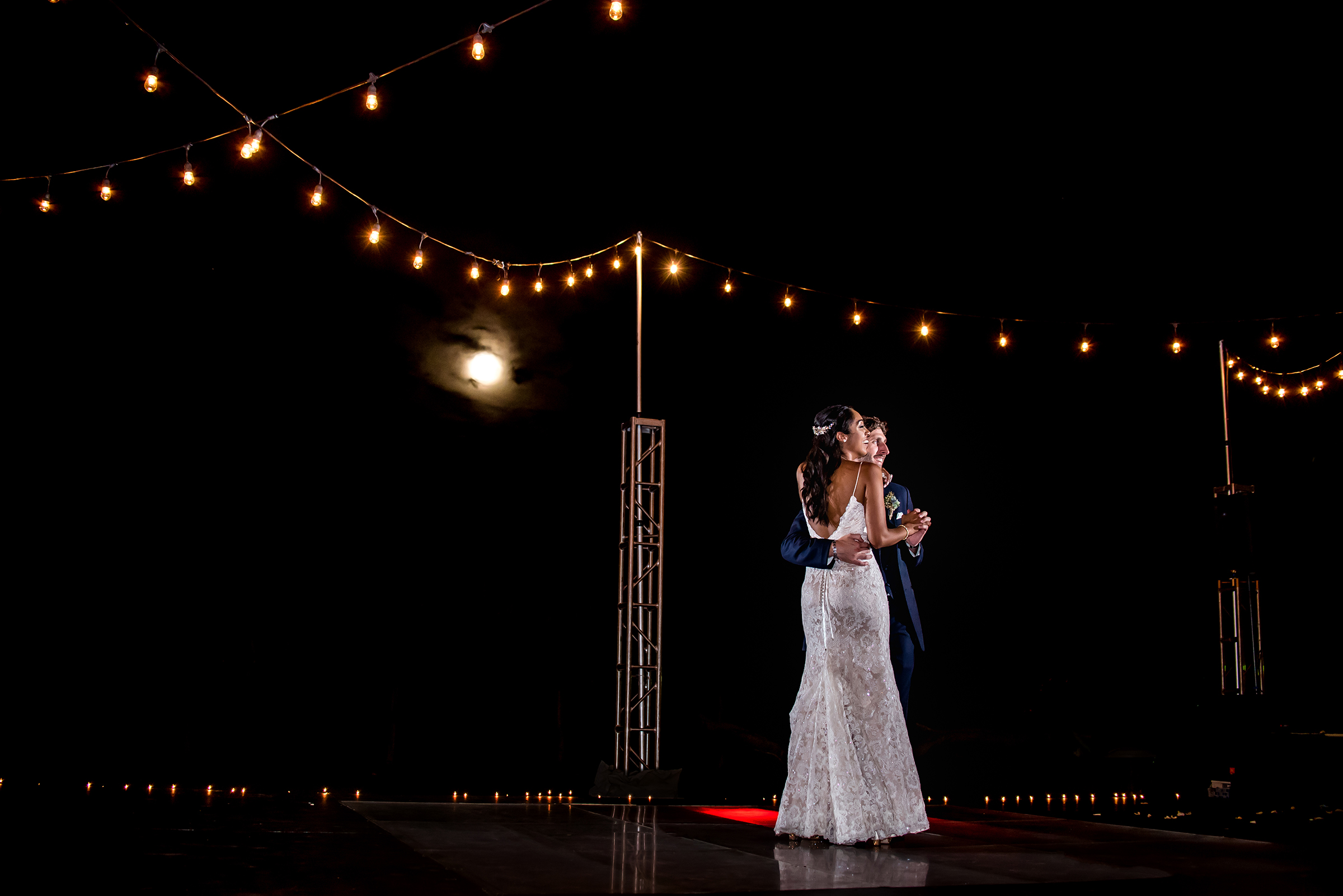 First dance under the moon - photo by Gloria Ruth Photography