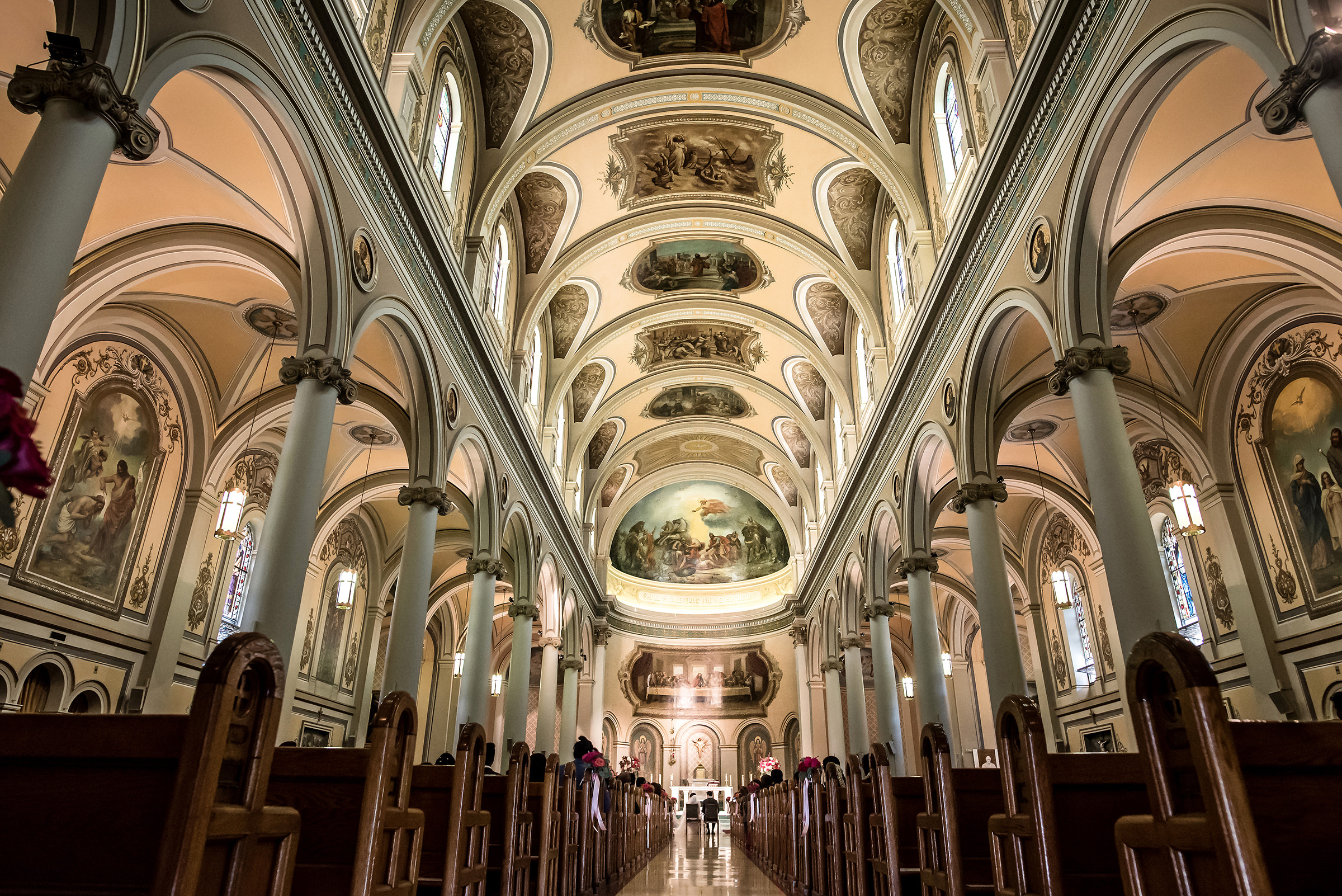 Ornate cathedral wedding ceremony - photo by David & Sherry Photography