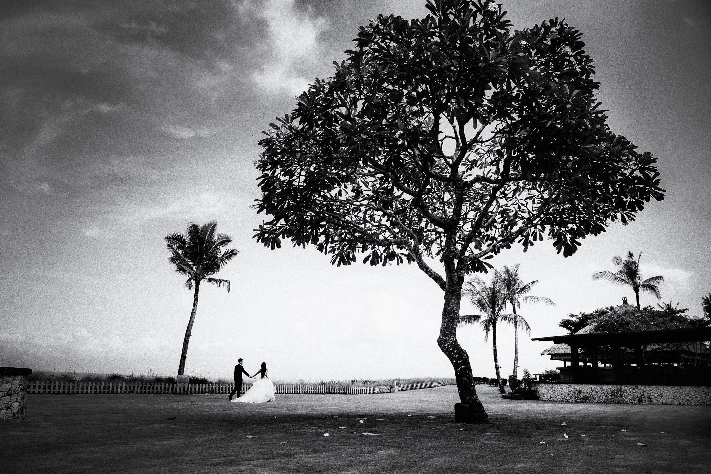 Couple in Bali landscape - photo by Jozef Povazan Photography