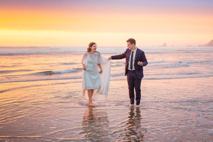 couple-at-water-s-edge-at-oregon-beach-carolines-collective.jpgcouple-at-water-s-edge-at-oregon-beach-carolines-collective