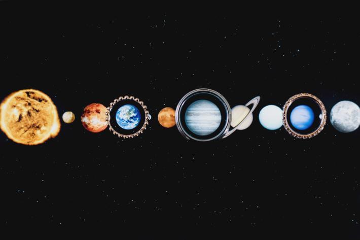 creative-ring-detail-shot-against-planets-by-ken-pak-washington-dc-photographer